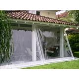 cortina em lona transparente